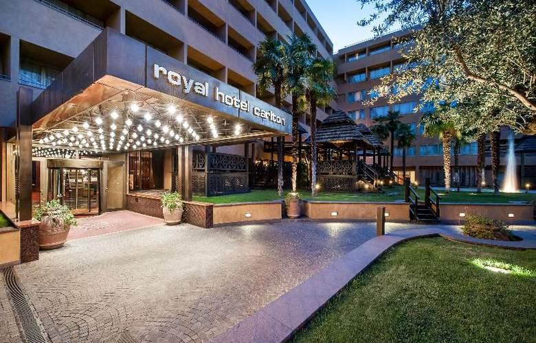Royal Hotel Carlton - Hotel - 9