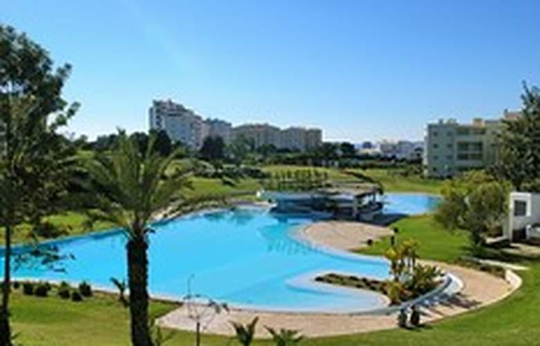 Apartamentos Vila Marachique - Hotel - 8