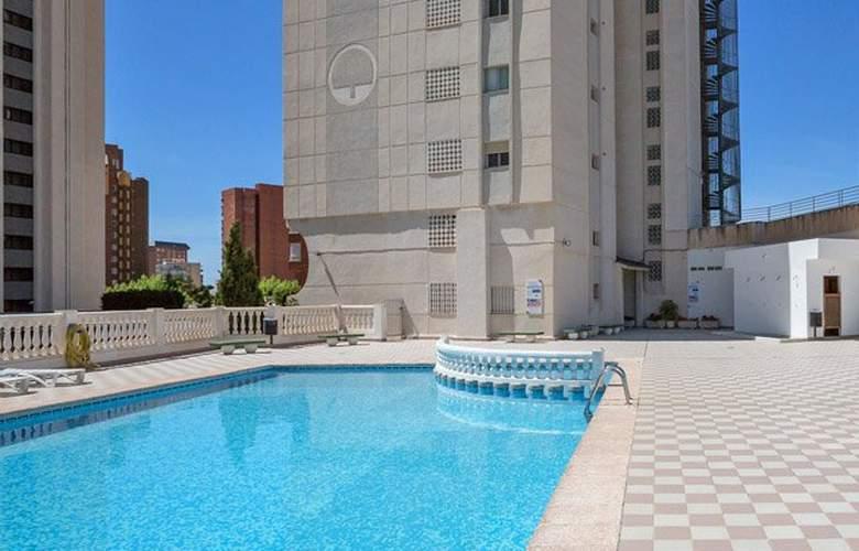 Pierre & Vacances Benidorm Levante - Pool - 1