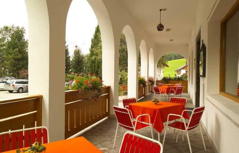 Parkhotel Schachen - Terrace - 8