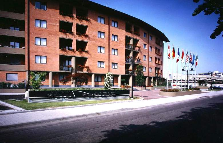 Pacific Fortino - Hotel - 6