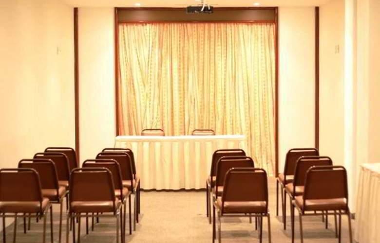Luxor Aeroporto - Conference - 2