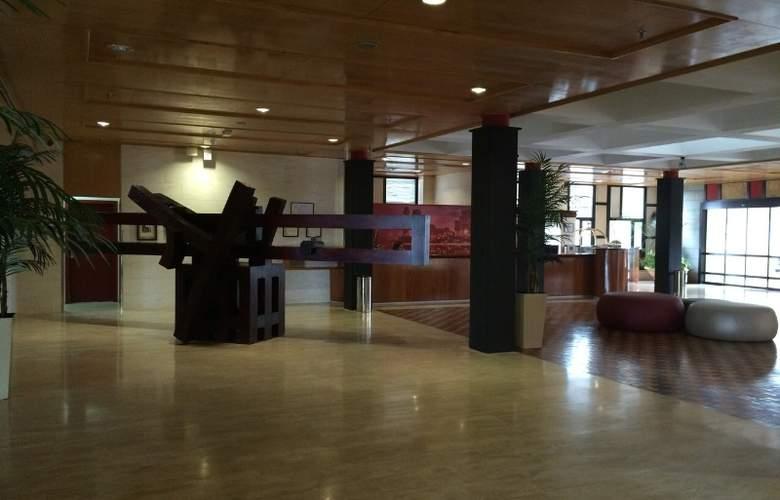 Hotel Escuela Santa Cruz - General - 8