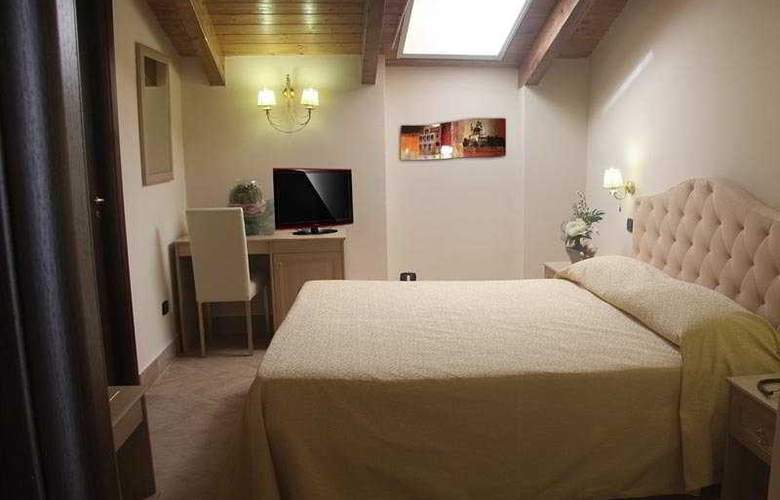 Barbato - Room - 2