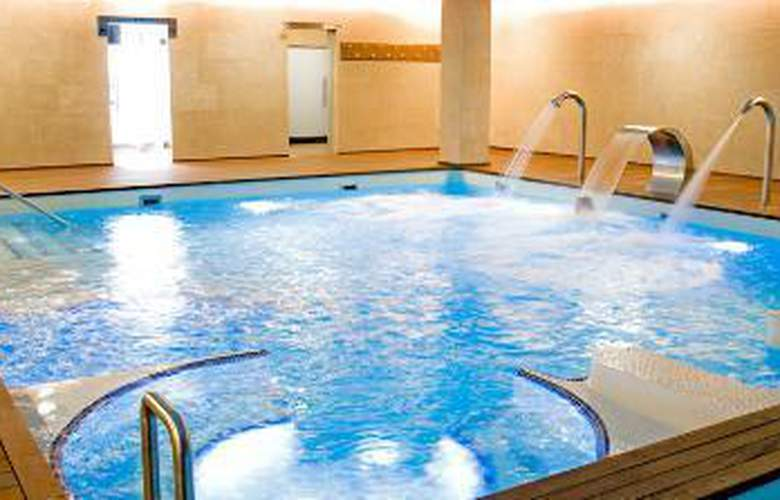 Domus Selecta Palacio De Meras Hotel And Spa - Services - 3