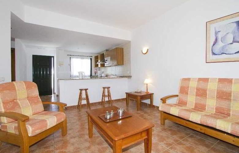 Las Colinas - Room - 2