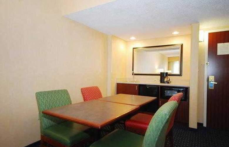 Quality Inn Boston-Revere - Hotel - 9