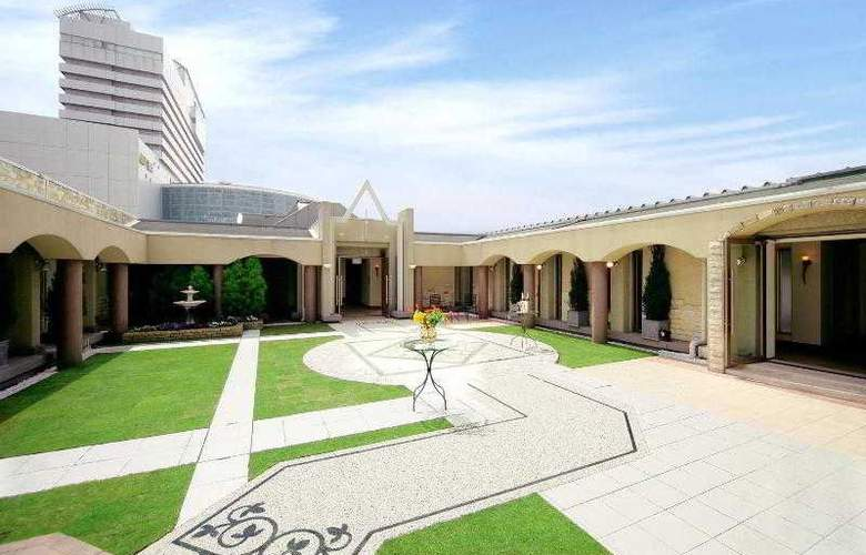 Kobe Bay Sheraton Hotel and Towers - Hotel - 0