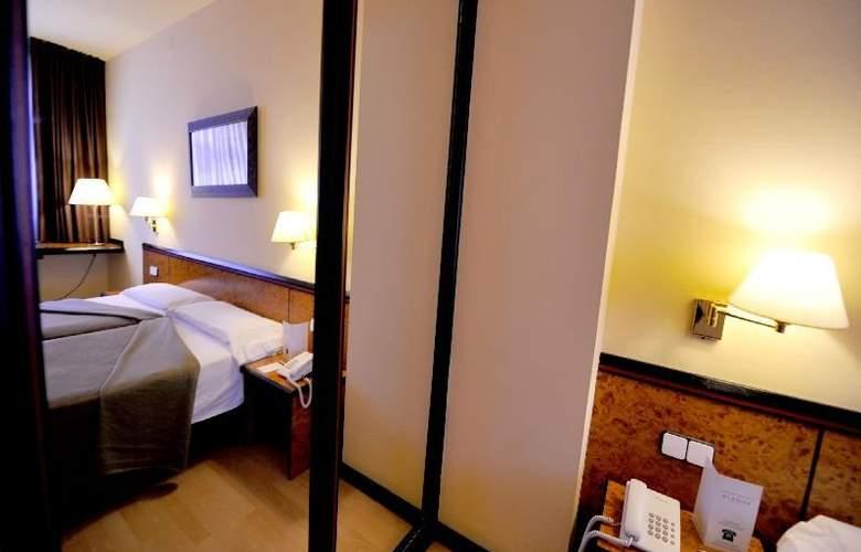 Hotel Glories Sercotel - Room - 14