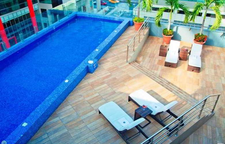 Sonesta Guayaquil - Pool - 7