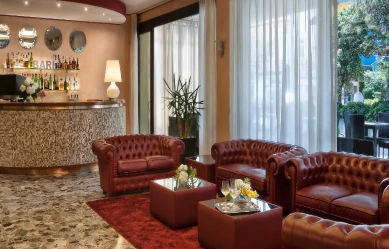 Suite Litoraneo - Bar - 4