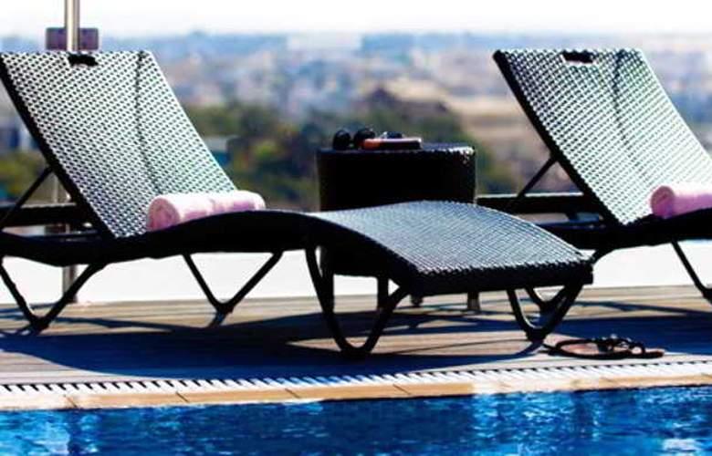 Rocca Nettuno Suites - Pool - 9