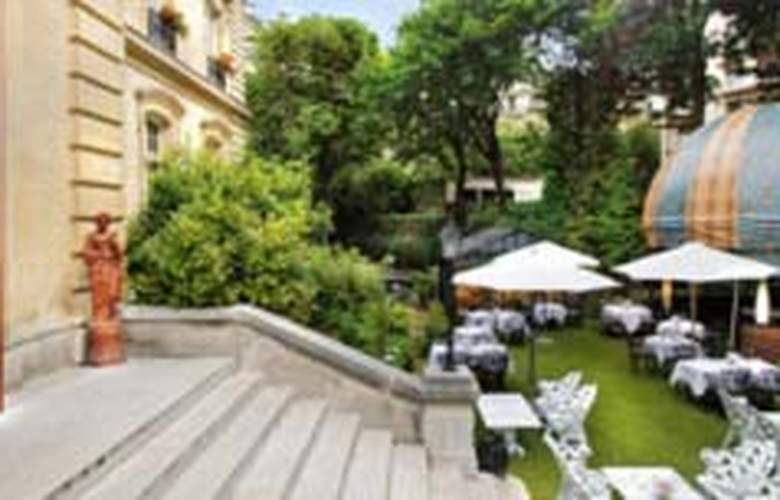 Saint James Paris - Terrace - 9