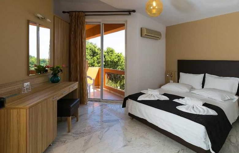 Elotia Hotel - Room - 2