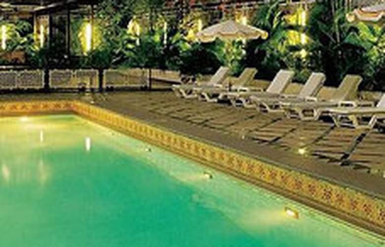 Vivanta by Taj - President, Mumbai - Pool - 4