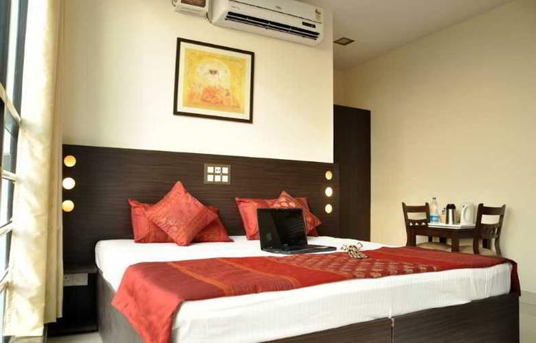 Amby Inn - Room - 6