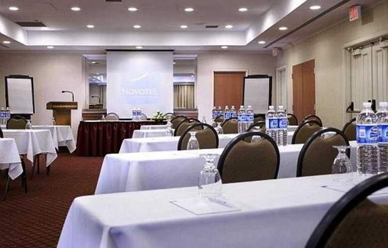 Indigo Toronto Airport - Conference - 6