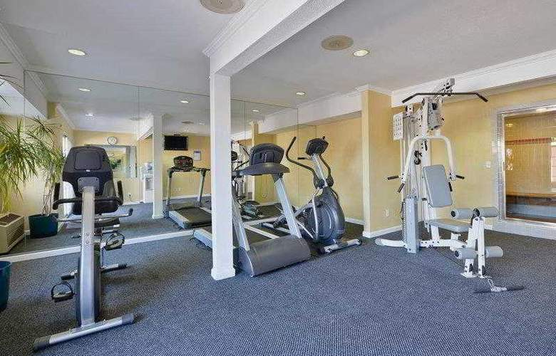 Best Western Plus Executive Suites - Hotel - 23