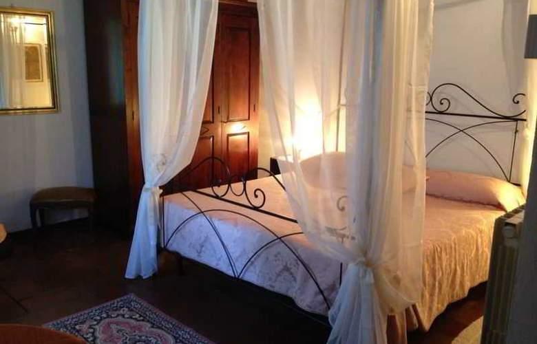 Campo di Carlo - Room - 9