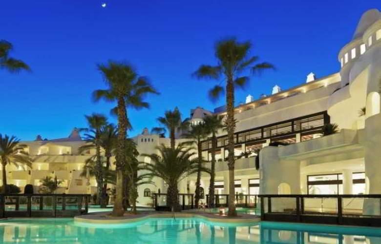 H10 Estepona Palace - Pool - 3