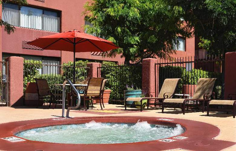 Best Western Plus Rio Grande Inn - Pool - 59