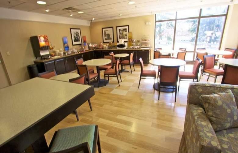 Hampton Inn Clarks Summit - Restaurant - 9