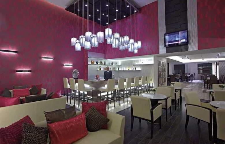 Country Inn & Suites By Carlson Gurgaon Sec 29 - Restaurant - 3