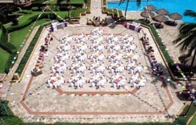 CasaMagna Marriott Puerto Vallarta Resort & Spa - Pool - 11