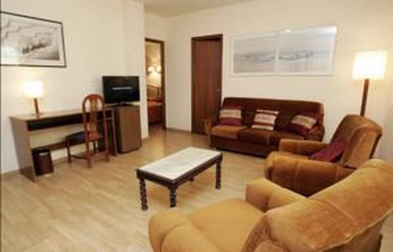 Vernisa - Hotel - 2