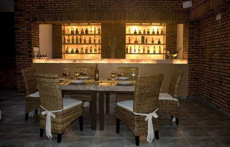 La Isla Huatulco - Restaurant - 26