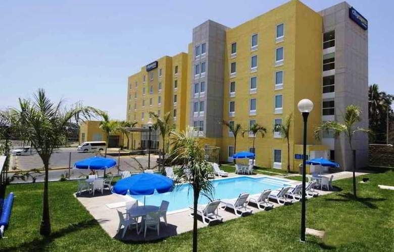 City Express Lazaro Cardenas - Hotel - 6