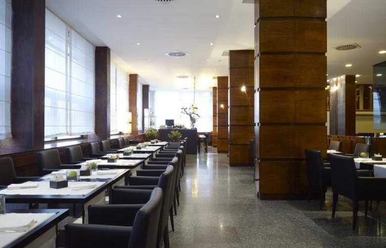 NH Firenze - Restaurant - 8