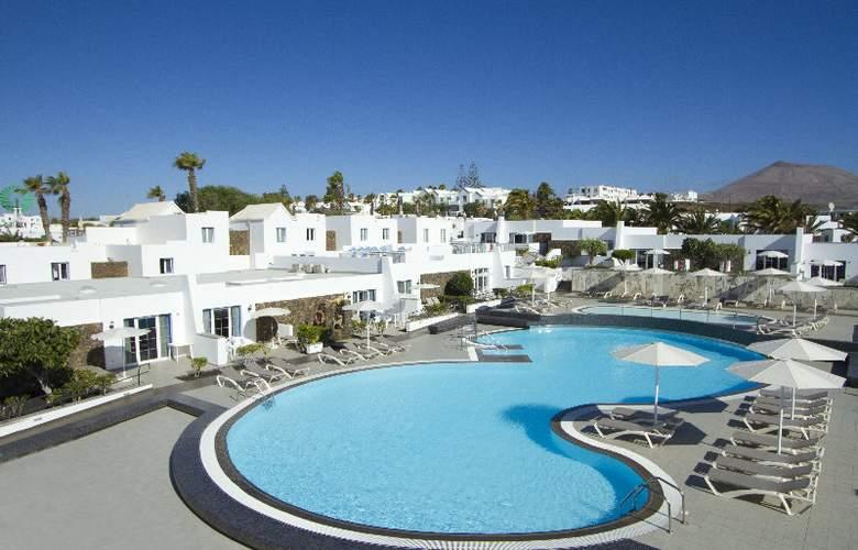 Nautilus Lanzarote Art & Biosphere Bungalows - Pool - 7