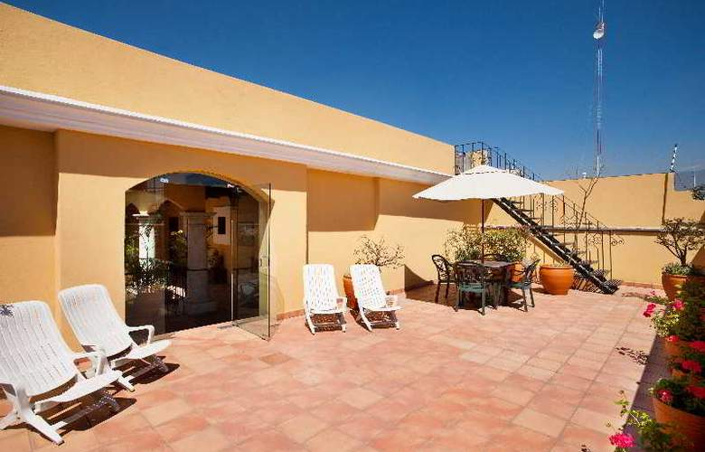Villa Vera - Hotel - 3