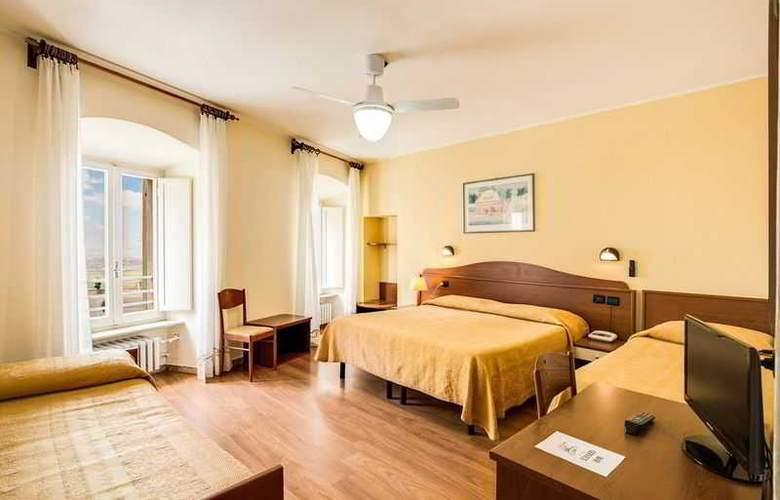 Hotel Roma - Room - 9