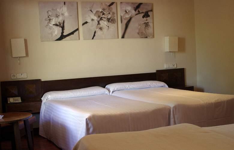 Los Olivos - Room - 3
