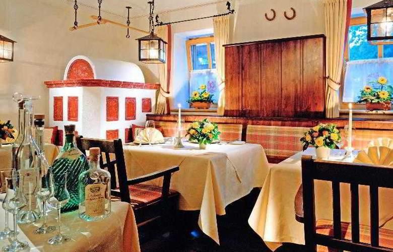 Sheraton Fuschlsee - Salzburg Hotel Jagdhof - Restaurant - 19