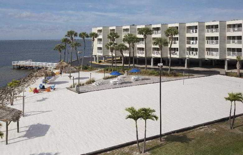 Sailport Resort Waterfront Suites on Tampa Bay - Beach - 2