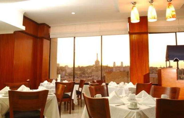 Hodelpa Centro Plaza - Restaurant - 2