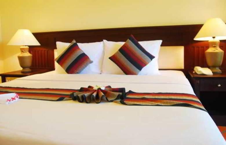 Pandanus Resort - Room - 11