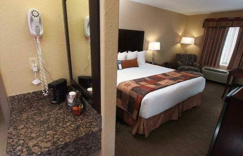 Best Western Pembina Inn & Suites - Hotel - 0