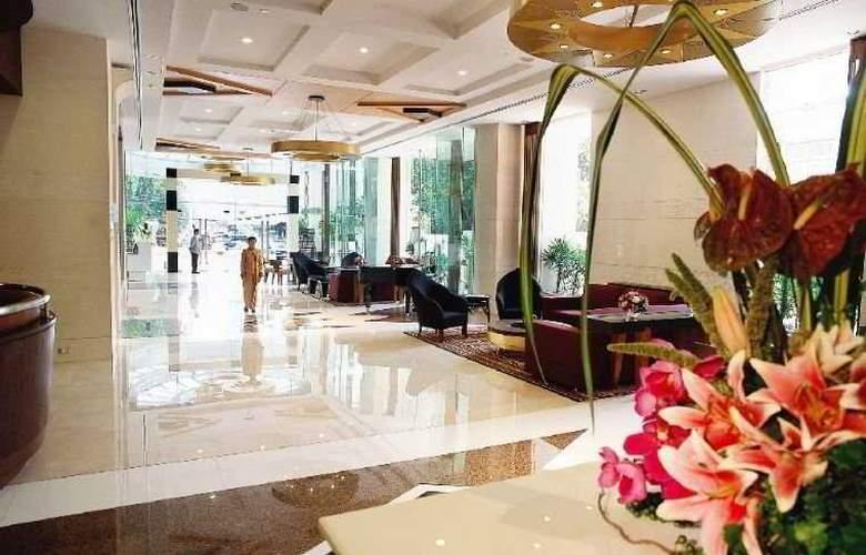 Roulette Sukhumvit 4* - Hotel - 0
