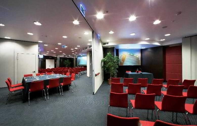 Antony Palace - Conference - 31