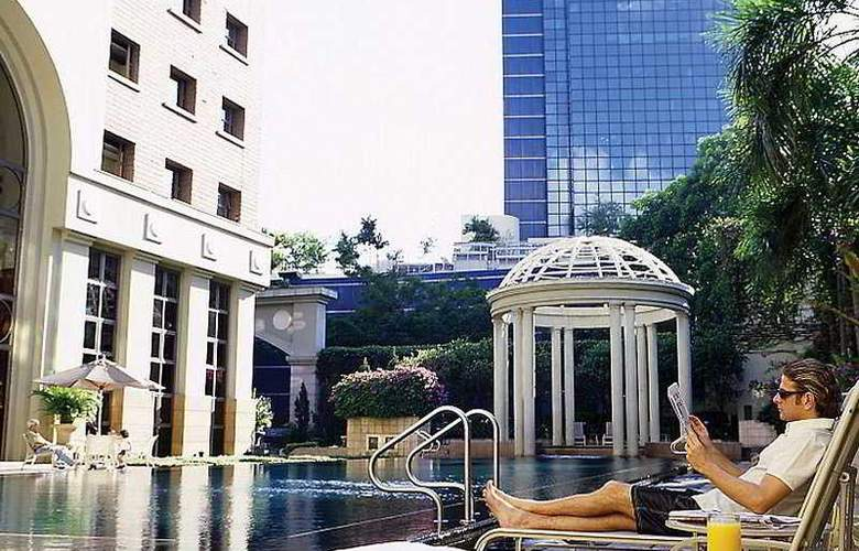 Orchard Parksuites - Pool - 8