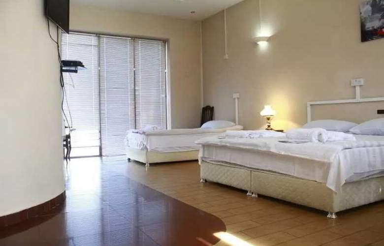 Vip Ele Hotel - Room - 5
