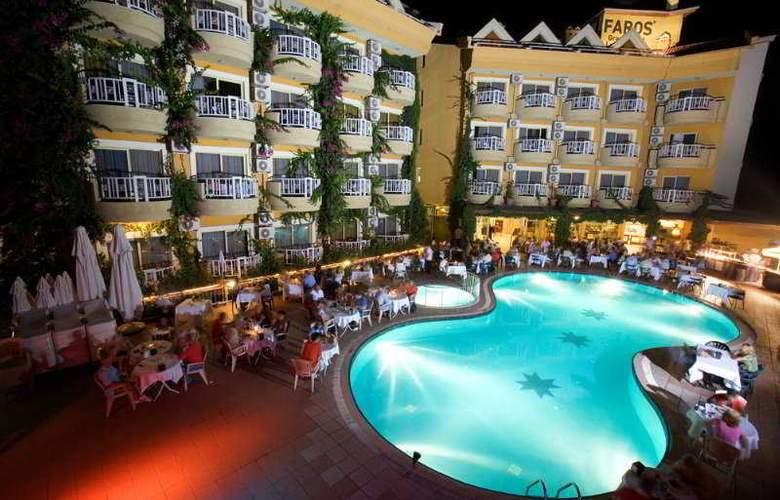 Grand Hotel Faros - Pool - 8