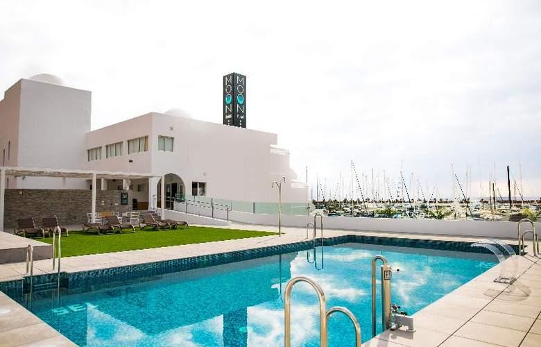 Moon Hotel & SPA - Pool - 3