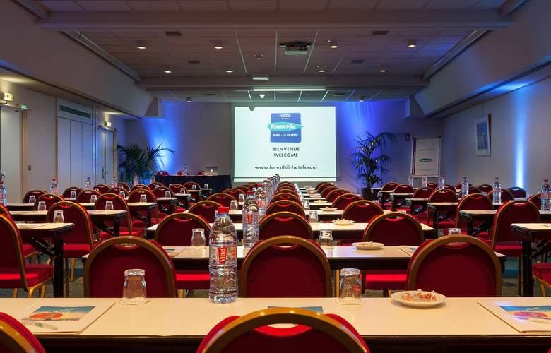 Forest Hill Paris - La Villette - Conference - 3