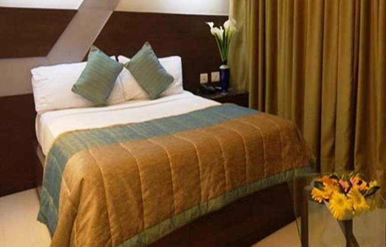 9 Marks Inn - Room - 4