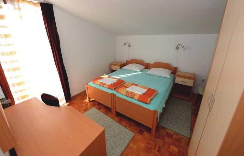 Andjelko - Room - 6
